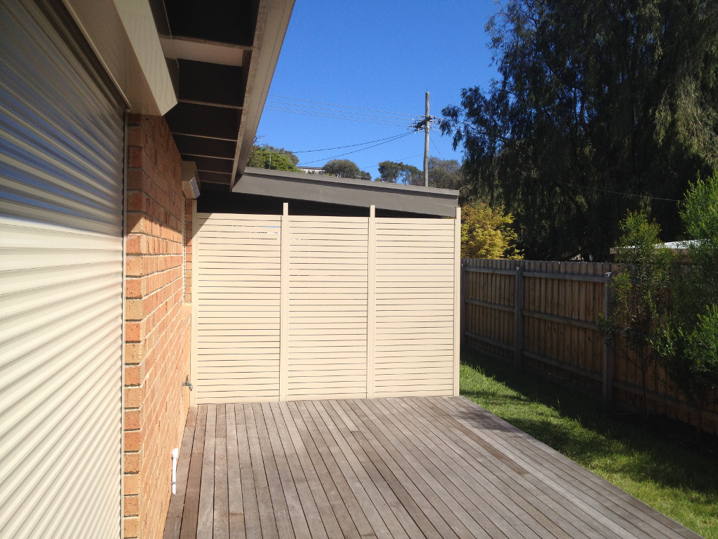 Alumatin window roller shutters melbourne gallery for What s a privacy screen
